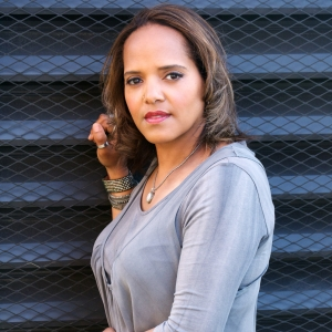 E_-_Terri_Lyne_Carrington_Photo_by_Tracy_Love